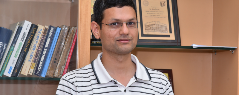 Image: Prof. Nitin Saxena, Photo credit: Mr. Girish Pant