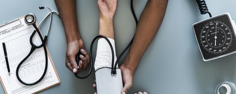 A new study recommends repeating blood pressure measurements to diagnose hypertension accurately.